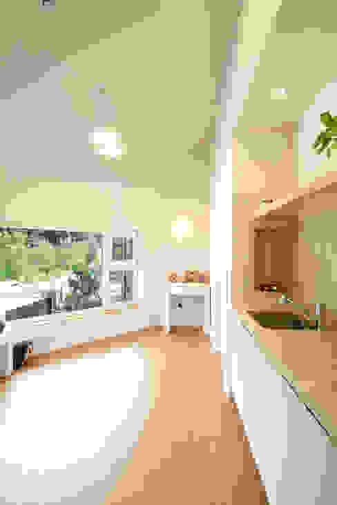 Koridor & Tangga Modern Oleh 주택설계전문 디자인그룹 홈스타일토토 Modern