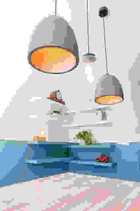 Moderne gezinswoning met stoere industriële elementen Aangenaam Interieuradvies Moderne woonkamers