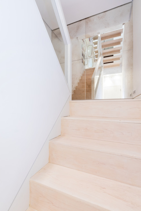 Kensington, SW5 - Renovation Modern Corridor, Hallway and Staircase by TOTUS Modern