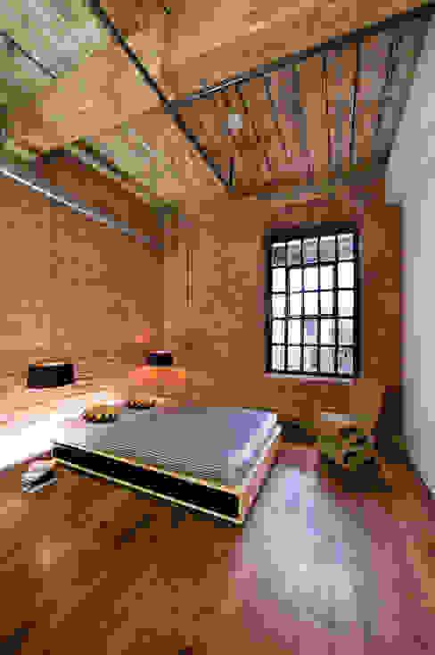 Albert Mill Apartments in Manchester Dormitorios de estilo moderno de Studio Maurice Shapero Moderno
