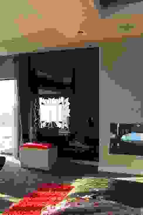 Dormitorios de estilo moderno de Inside Out Interiors Moderno