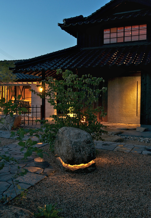 Asian style garden by 株式会社 多々良造園 Asian