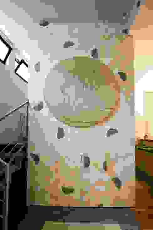 Pannello decorativo Ingresso, Corridoio & Scale in stile eclettico di Dima snc di Maiocchi Dario e c. Eclettico