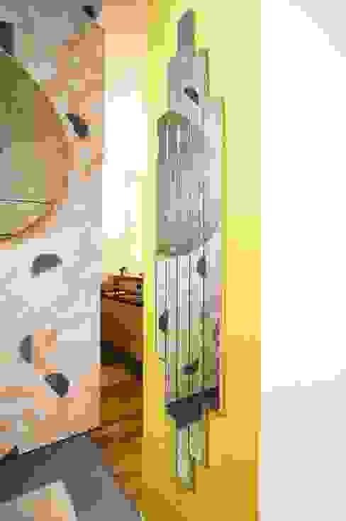 Specchio personalizzato su misura Ingresso, Corridoio & Scale in stile eclettico di Dima snc di Maiocchi Dario e c. Eclettico