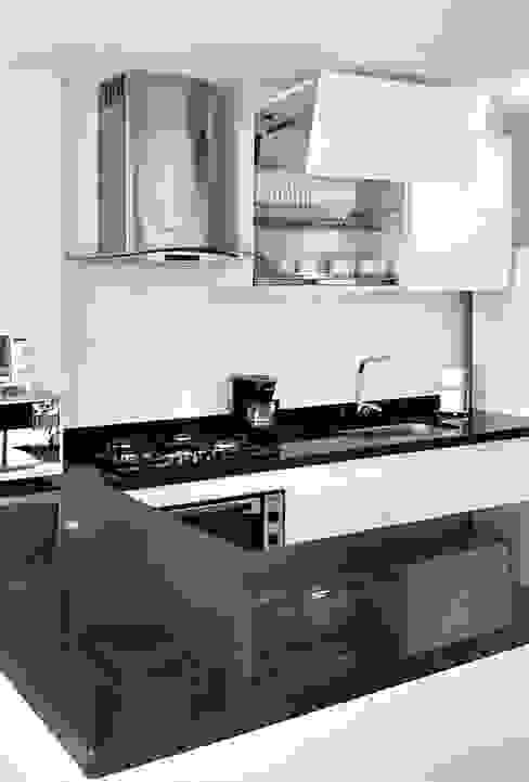 Cocinas de estilo  por Remodelar Proyectos Integrales