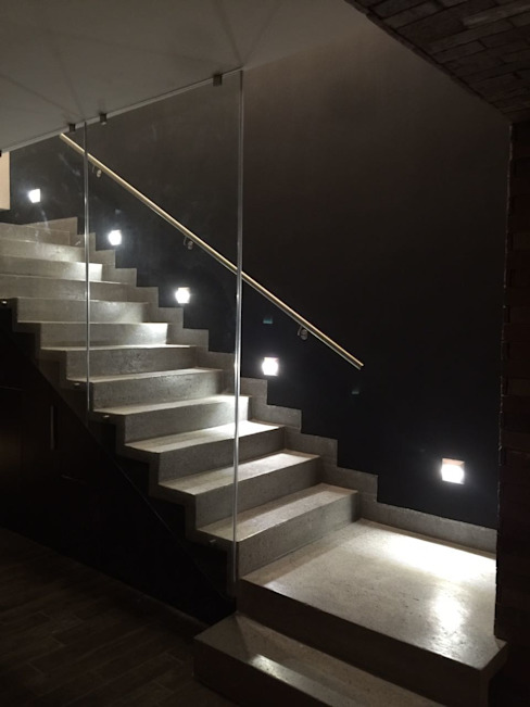 Hành lang, sảnh & cầu thang phong cách tối giản bởi The arkch's Arquitectos Tối giản Bê tông