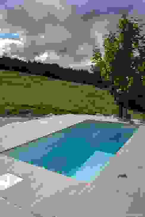 Minipool @wat -  Tauchbecken für den Garten: modern  von design@garten - Alfred Hart -  Design Gartenhaus und Balkonschraenke aus Augsburg,Modern