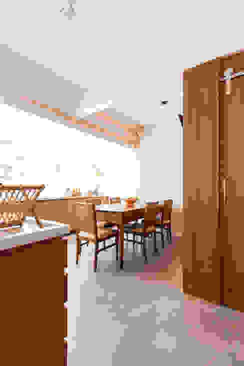 Ruang Makan by Kali Arquitetura