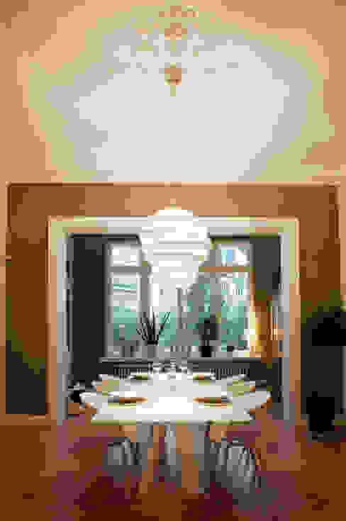 Dining room by Carina Buhlert Interior Design
