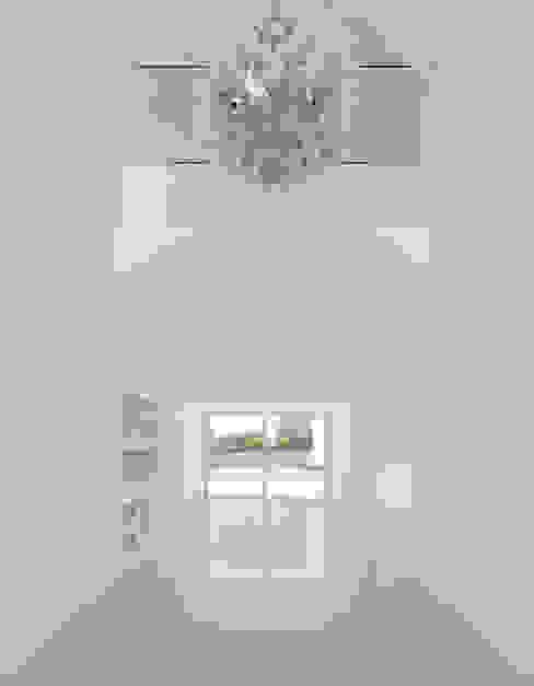 Modern living room by Corpo Atelier Modern
