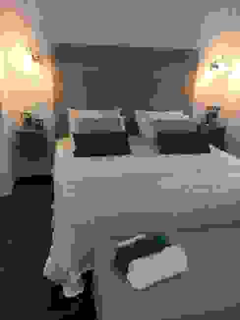 Master Suite Dark Green Quartos modernos por Pure Allure Interior Moderno