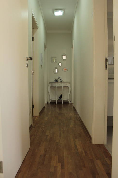 Minimalist Koridor, Hol & Merdivenler Lozí - Projeto e Obra Minimalist