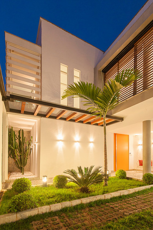 Modern houses by THEROOM ARQUITETURA E DESIGN Modern