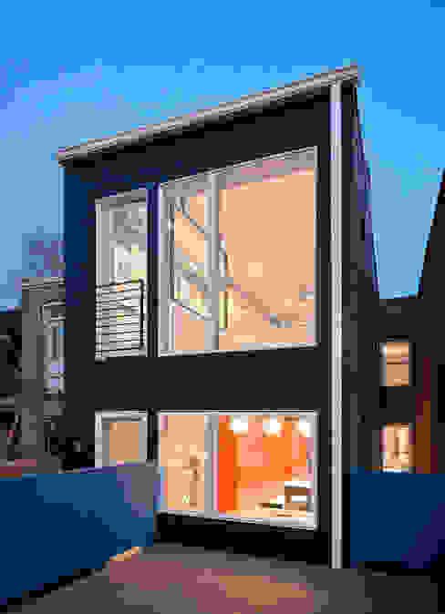 Mi Casita : Carmen's Modern Houses by KUBE architecture Modern
