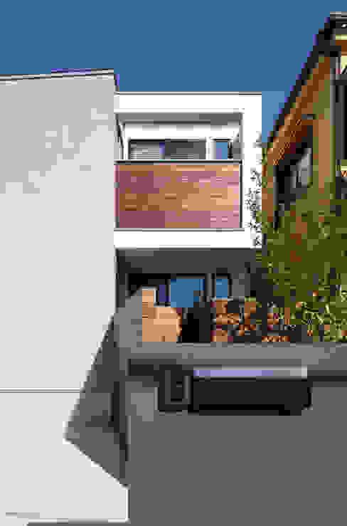 外観1 モダンな 家 の 大坪和朗建築設計事務所 Kazuro Otsubo Architects モダン 木 木目調