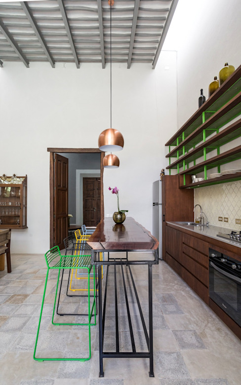 Taller Estilo Arquitectura Modern kitchen Wood Green