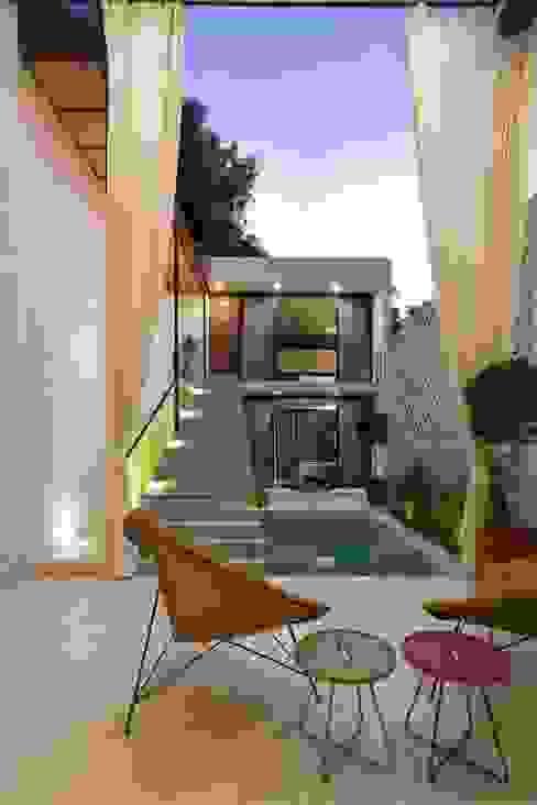 by Taller Estilo Arquitectura Modern Concrete