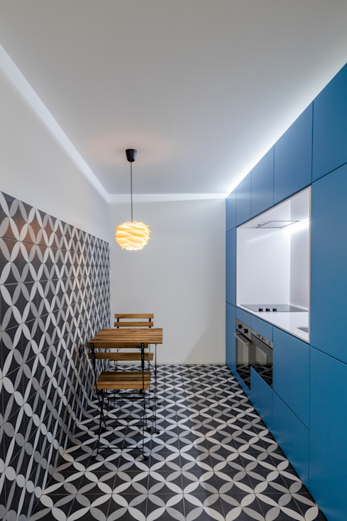 Caminha Refurbishment Tiago do Vale Arquitectos 廚房 磁磚 Grey