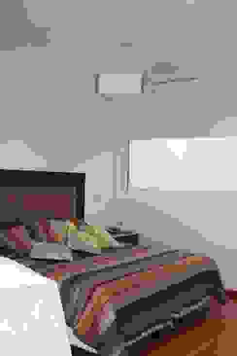 Dormitorios modernos de Prece Arquitectura Moderno
