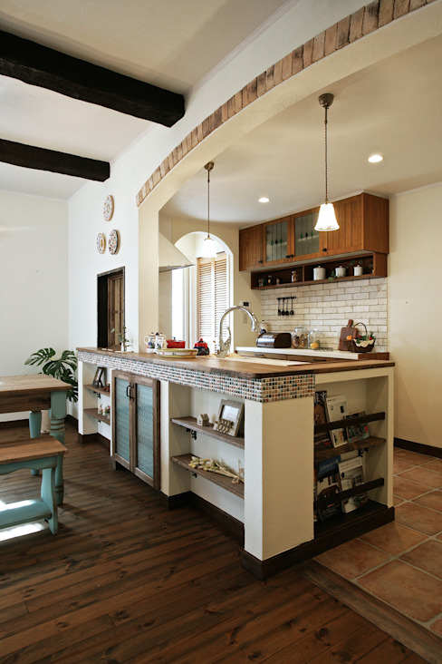 Dining room by 주식회사 인듀어홈 코리아, Mediterranean Tiles