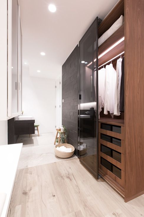 Dress up and Make up Minimalist style bathrooms by Sensearchitects Limited Minimalist