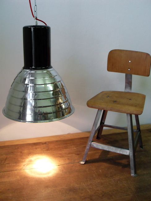 Lux-Est Bars & clubs Aluminium/Zinc Black
