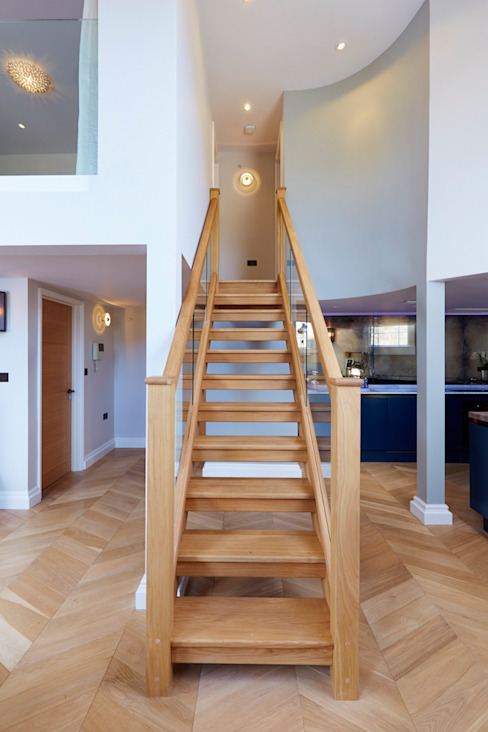 Bath Interior Design Project and Showpiece :  Corridor & hallway by Etons of Bath,