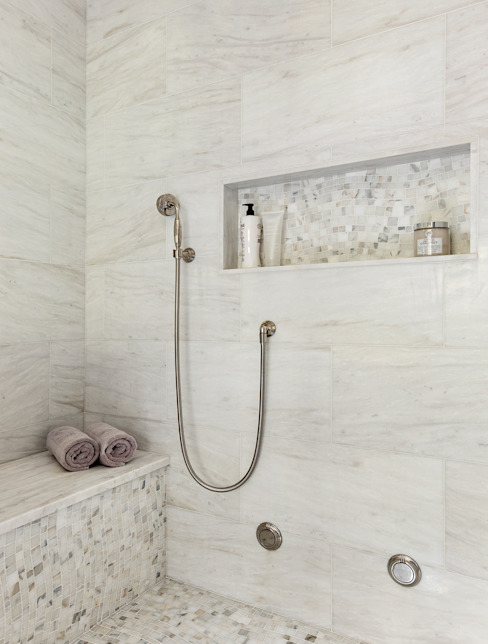 Baños de estilo clásico de Clean Design Clásico