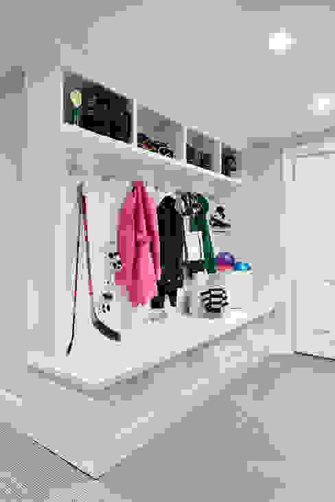 Hành lang by Clean Design