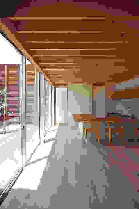 DK インダストリアルデザインの キッチン の 空間建築-傳 インダストリアル