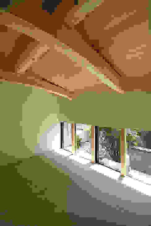 和室 和風デザインの 多目的室 の homify 和風