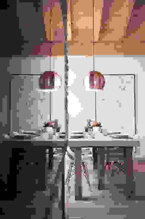 Projekty,   zaprojektowane przez Mood Interieur, Skandynawski Miedź/Brąz/Mosiądz