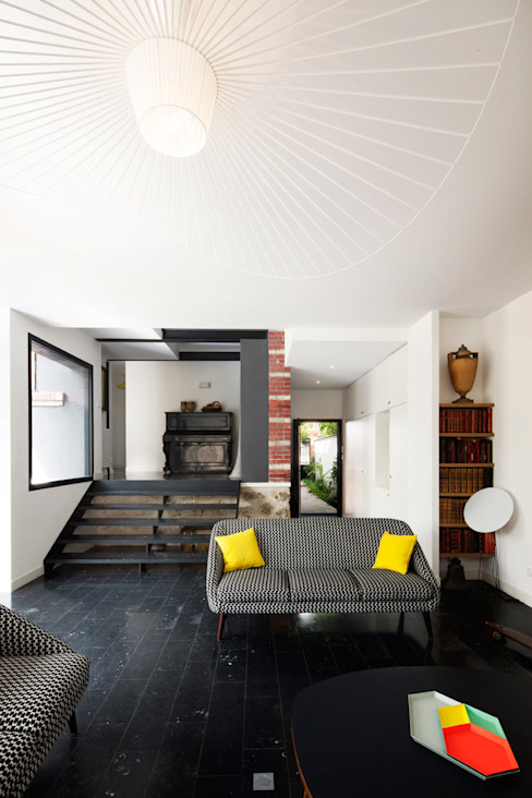 Living room by Florence Gaudin architecte