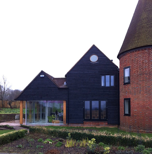 Tudeley Oast House Modern houses by Elemental Architecture Modern