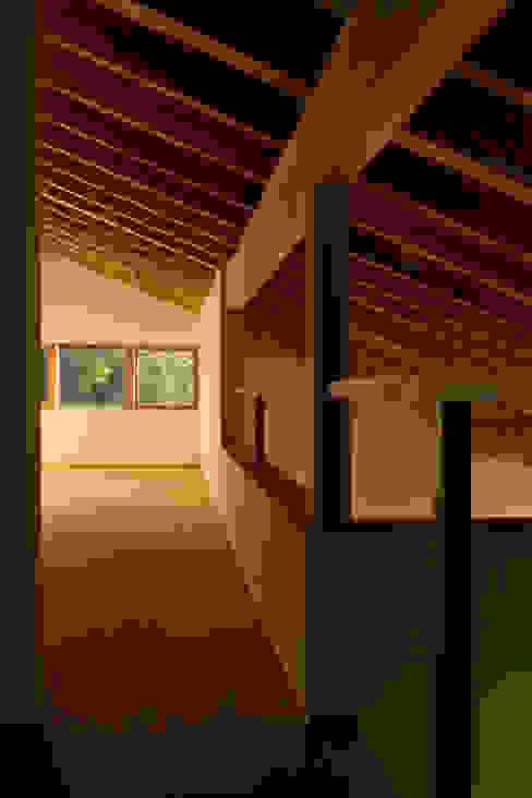 โดย homify สแกนดิเนเวียน ไม้ Wood effect
