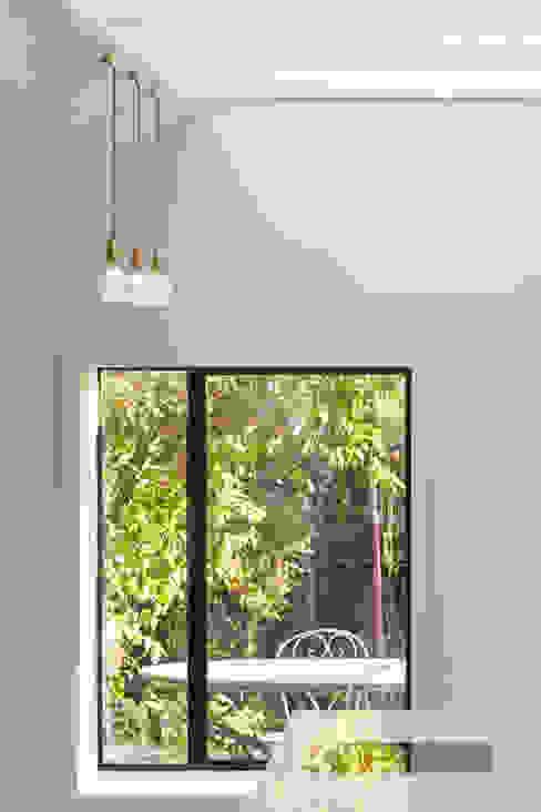 The Slate House Modern windows & doors by Gundry & Ducker Architecture Modern Metal
