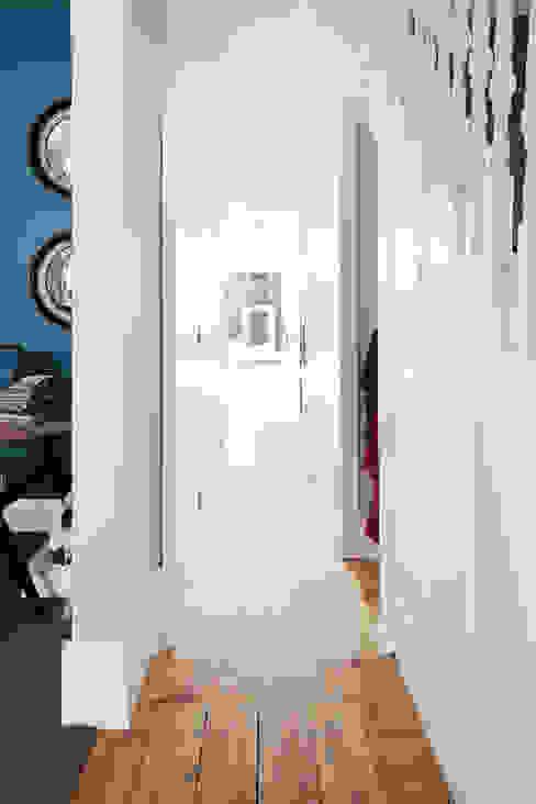 View from Hallway. Modern corridor, hallway & stairs by Gundry & Ducker Architecture Modern Wood Wood effect