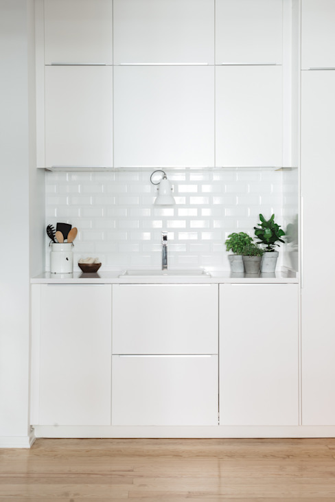 Kitchen by Arkstudio, Scandinavian