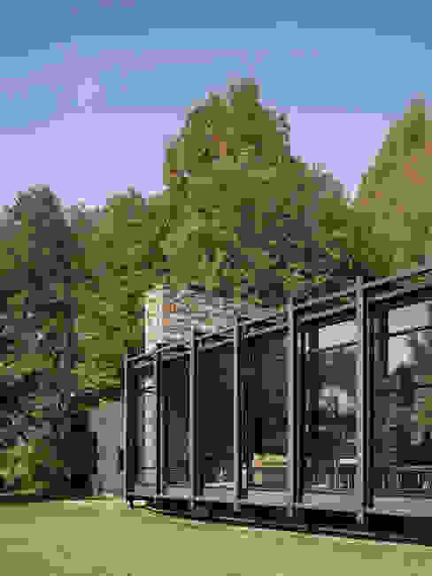 Casas modernas de Koko Architecture + Design Moderno