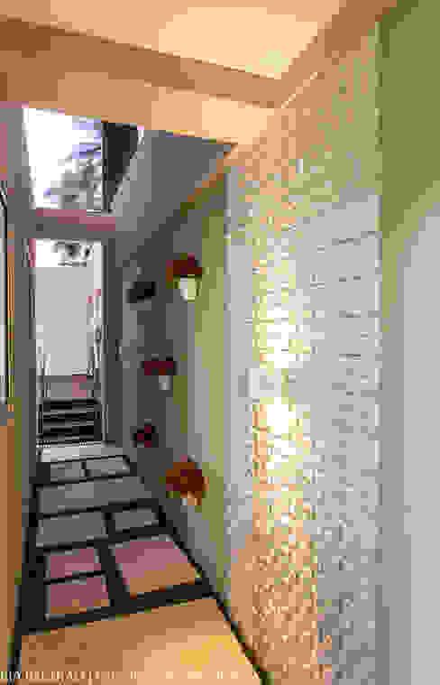 Jardines de estilo clásico de Cris Nunes Arquiteta Clásico