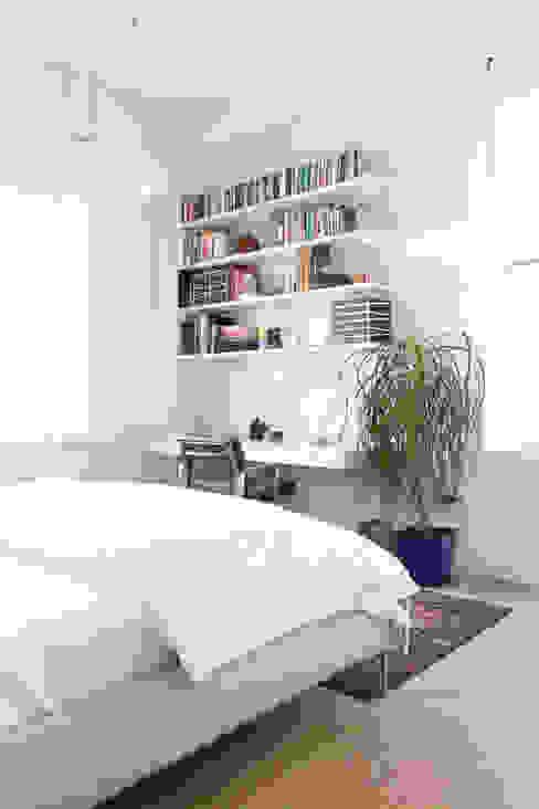 Maletz Design Modern style bedroom