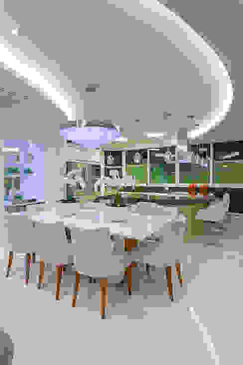 Casa Villa Lobos Salas de jantar modernas por Arquiteto Aquiles Nícolas Kílaris Moderno
