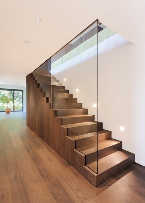 Modern Corridor, Hallway and Staircase by meier architekten zürich Modern Wood Wood effect