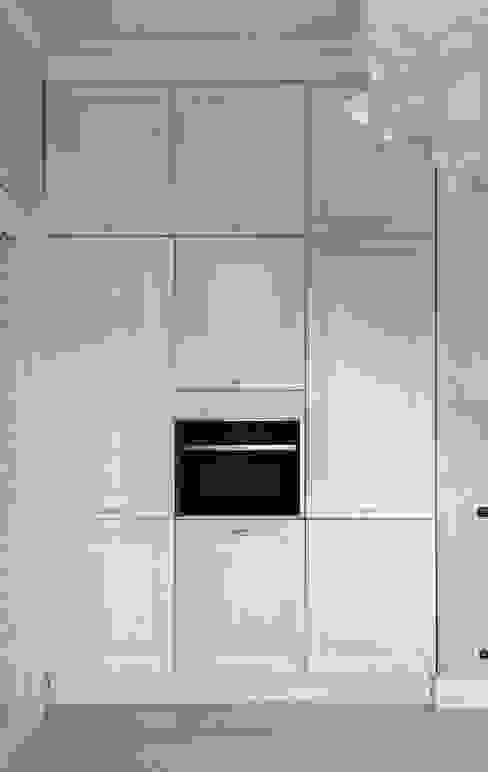 مطبخ تنفيذ design studio by Mariya Rubleva,