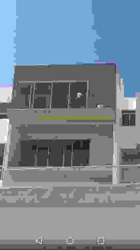 Casas clásicas de homify Clásico