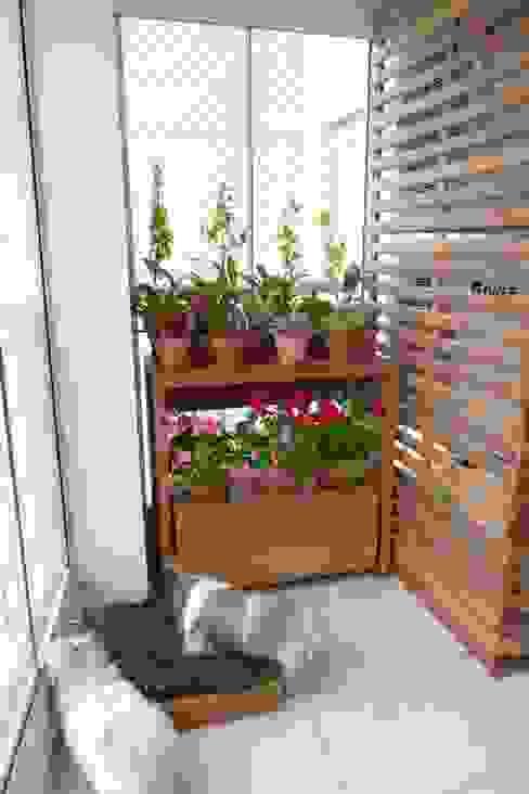 Terrazas de estilo  por Eduardo Luppi Paisagismo Ltda., Rústico