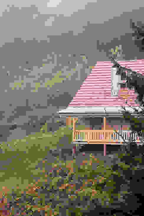 de THULE Blockhaus GmbH - Ihr Fertigbausatz für ein Holzhaus Escandinavo Madera Acabado en madera