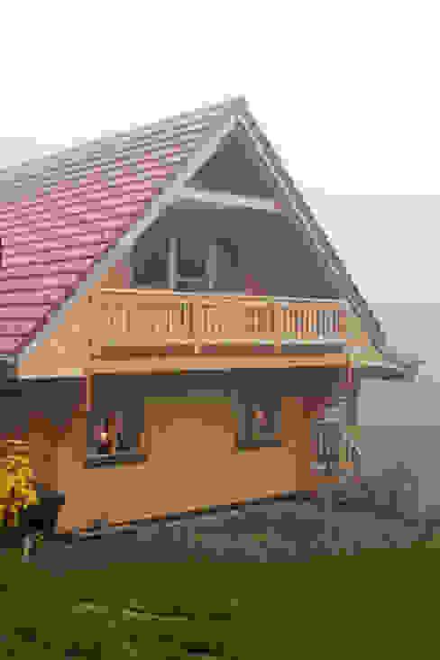 Log cabin by THULE Blockhaus GmbH - Ihr Fertigbausatz für ein Holzhaus, Scandinavian Wood Wood effect
