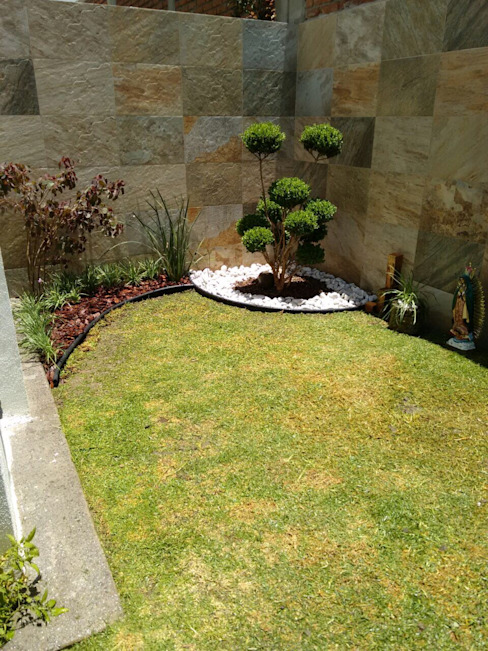 Minimalistyczny ogród od Arqca Minimalistyczny