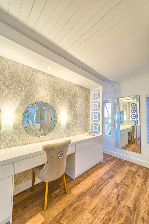 Atlantic Drive Eclectic style dressing rooms by House Couture Interior Design Studio Eclectic